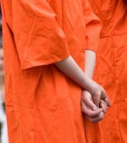prison-filles-drogue-internet
