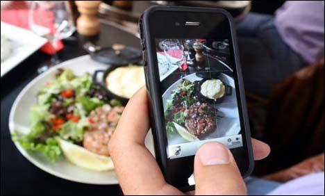 restaurant-smartphone-jerusalem